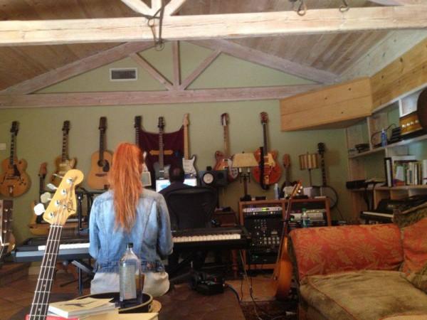 Lucia la prima sesiune de înregistrări din Los Angeles