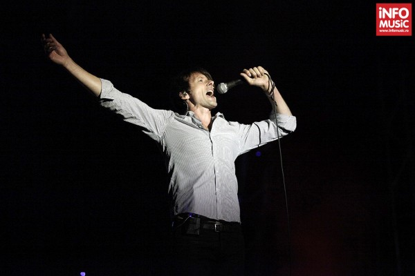 Suede în concert la Summer Well pe 11 august 2013