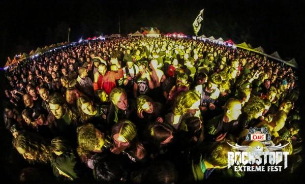 Publicul la Rockstadt Extreme Fest 2013