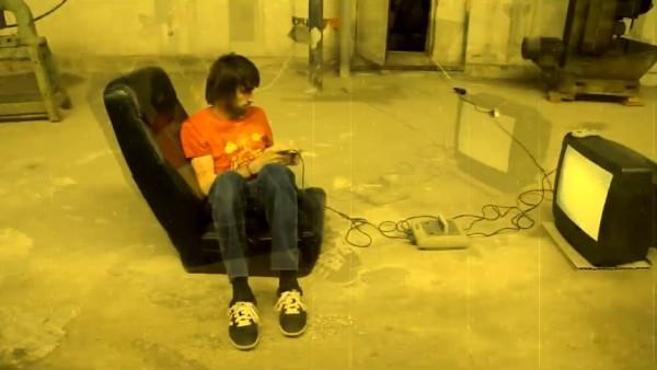 "Crowd Control - ""RockNRolla"" (secvență videoclip)"