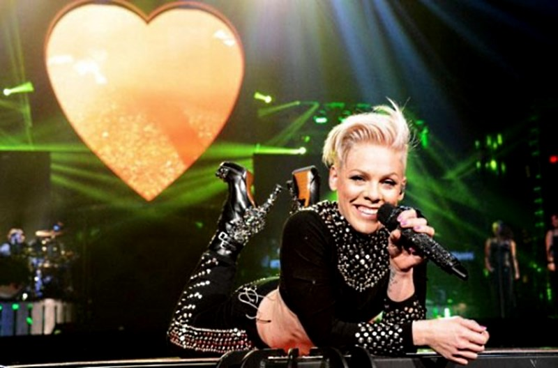 Pink - Truth About Love Tour