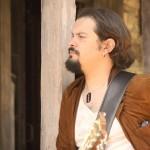 Solistul Emil Luca în noul clip Aeon Blank