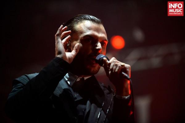 Theo Hutchcraft (HURTS) în concert la Romexpo pe 11 octombrie 2013
