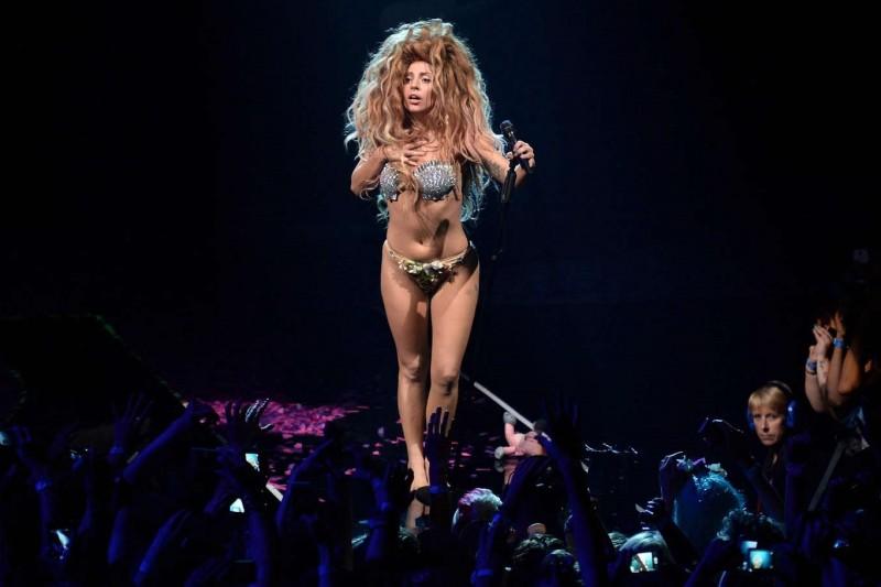 Lady Gaga la iTunes Festival 2013