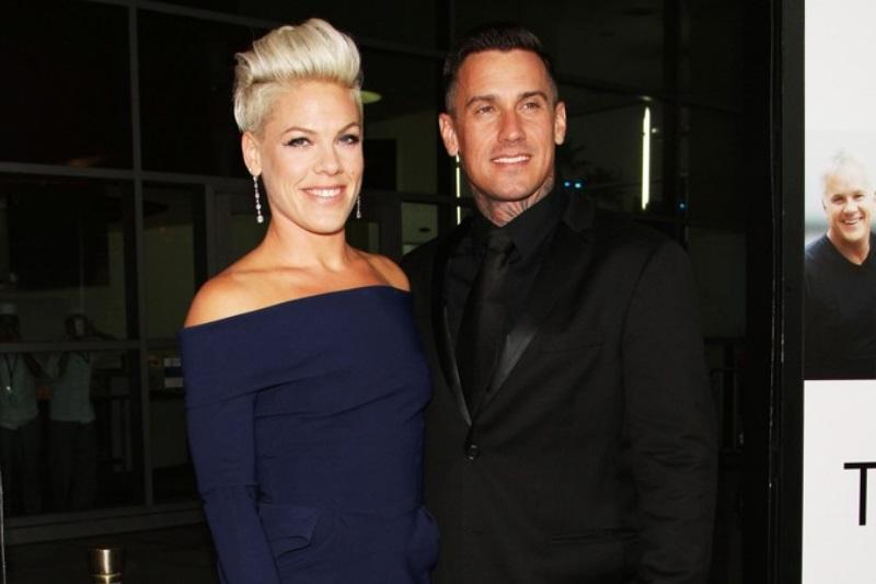 Pink alături de soțul său, Carey Hart