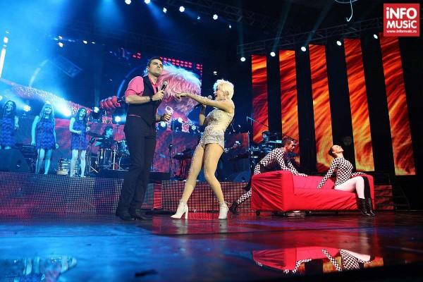 Cornel Ilie alături de Loredana în cshow-ul Magic de la Sala Palatului