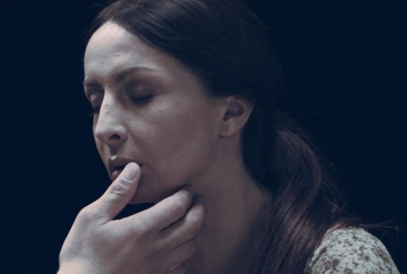 Mihaela Rădulescu în noul videoclip Taxi,