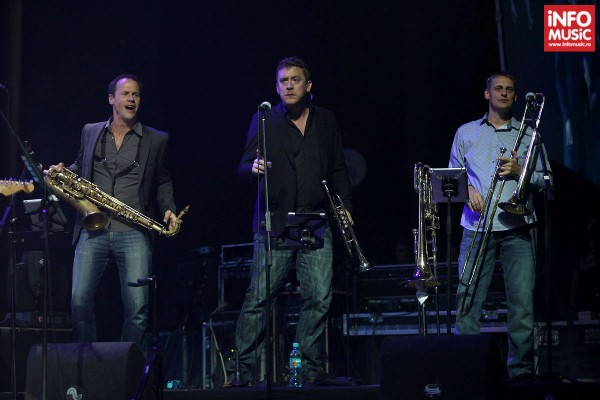 Concert Tom Jones la Sala Palatului pe 1 noiembrie 2013