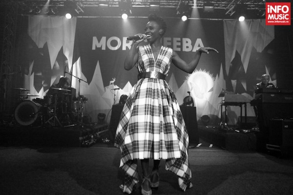 Solista Skye Edwards, Morcheeba in concert la Arenele Romane din Bucuresti pe 11 decembrie 2013