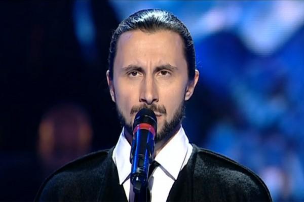 Adrian Nour în primul său live la Vocea României
