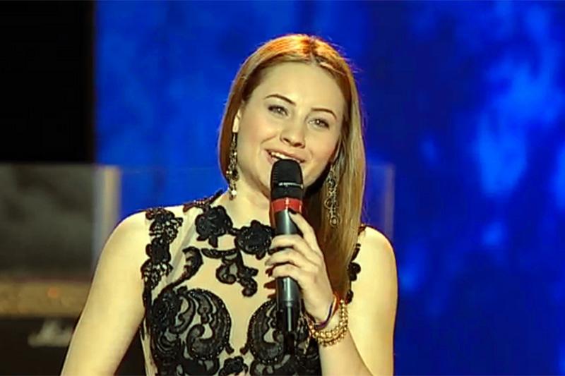 Alina Dorobanțu a interpretat piesa Lie Ciocarlie la Vocea României pe 1 Decembrie 2013