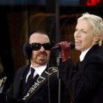 Eurythmics, reunire în memoria The Beatles