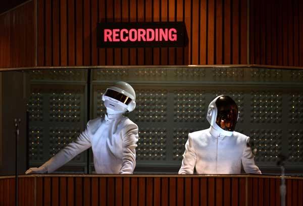 Daft Punk la Premiile Grammy 2014