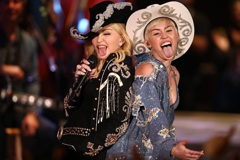 Madonna și Miley Cyrus la MTV Unplugged