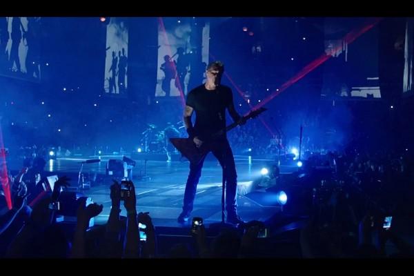 """Secvență video Metallica - """"One"""" live extras din """"Through The Never"""""""