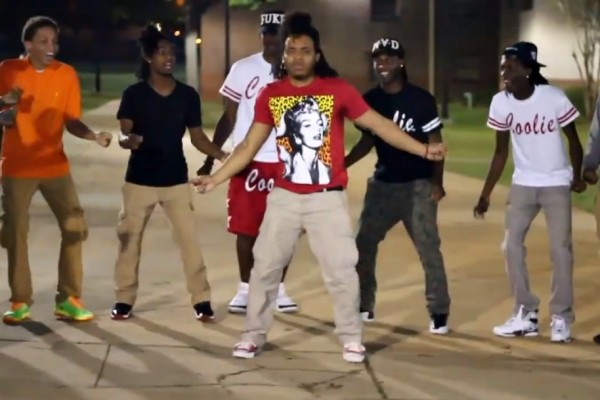 """We Are Toonz - """"Drop That #NaeNae"""""""