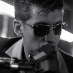 "Secvență clip Arctic Monkeys - ""Do I Wanna Know?"" Acustic"