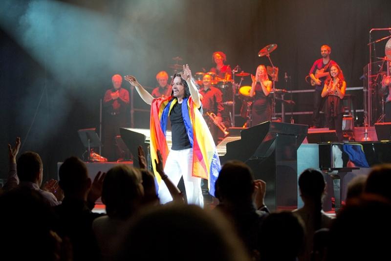 Yanni în concert la București, 2013, Sala Palatului