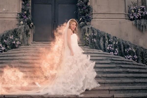 "Shakira - ""Empire"" (secvență videoclip)"