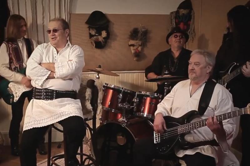 "Pasărea Rock - ""Praznic năprasnic"" (secvență videoclip)"