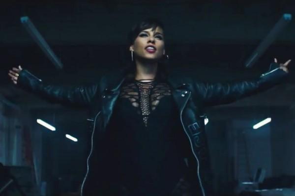 "Alicia Keys - ""It's On Again"" feat. Kendrick Lamar (secvență videoclip)"