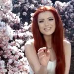 """Elena Gheorghe - """"De Neînlocuit"""" (secvență lyric video)"""