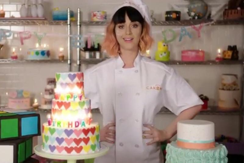 """Katy Perry - """"Birthday"""" (secvență lyric video)"""
