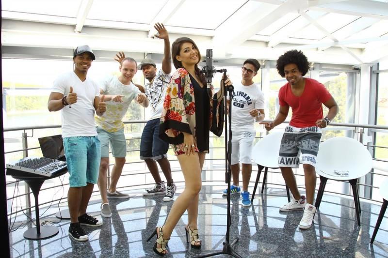 Trupa Mandinga la filmările videoclipului Viva la Fiesta