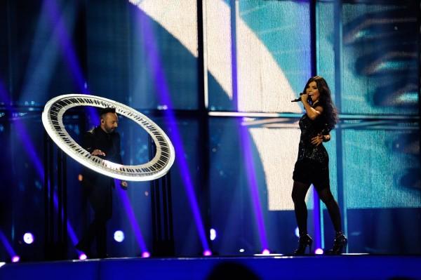 OVI și Paula Seling în cadrul semifinalei Eurovision 2014 de pe 8 mai