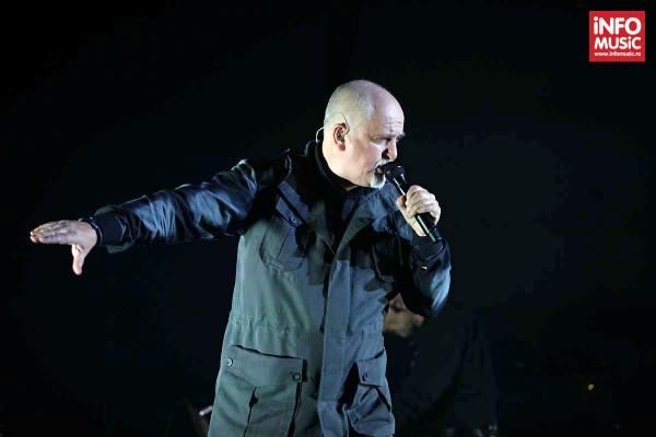 Peter Gabriel în concert la București (8 mai 2014, Romexpo)