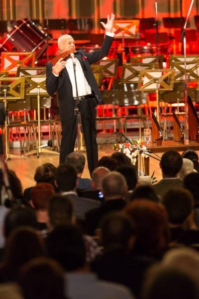 Gheorghe Zamfir, aniversat la 50 de ani de carieră, pe 31 mai 2014 la Ateneul Român