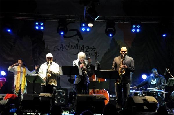 Tom Harell și Esperanza Spalding la Festivalul de Jazz de la Gărâna (2014)