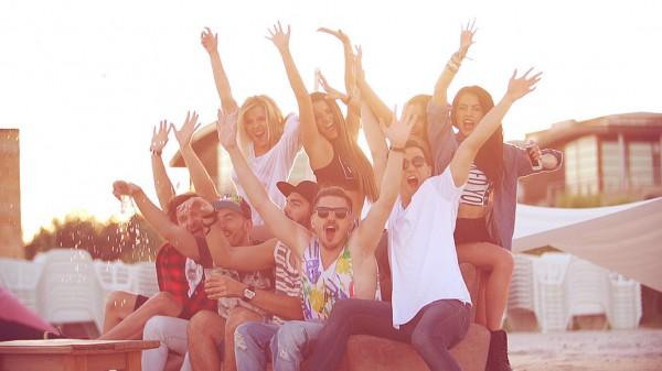 Secevență din videoclipul Unidos pela Musica - Narcotic Sound and Christian D