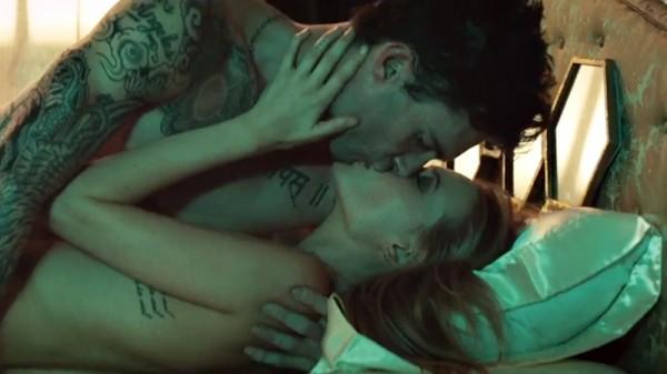 Maroon 5 - Animals - videoclip