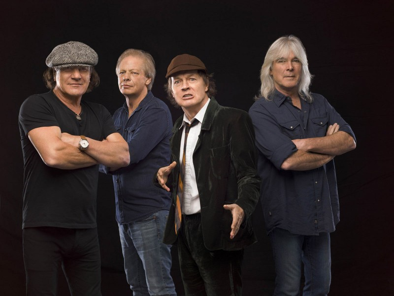 AC/DC pornește Rock or Bust World Tour în 2015