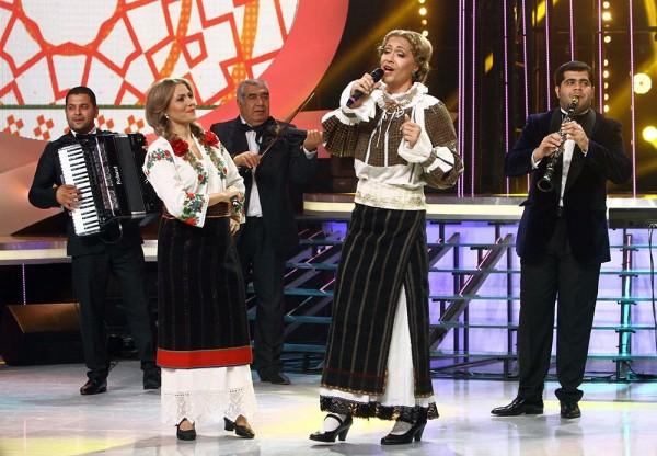 Jorge (Matilda Pascal Cojocoriţa) și Mirela Boureanu Vaida în finala Te cunosc de undeva