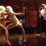 """Sia - """"Elastic Heart"""" (live la SNL)"""