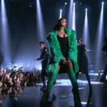 "Rihanna - ""Bitch Better Have My Money"" (live@iHeartRadio Awards)"