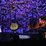 James Hetfield (Metallica) și fiica sa, Cali, cântând împreună un cover după Adele