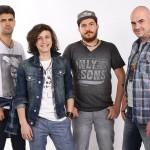 Tiberiu Albu alături de colegii din trupa Fameless