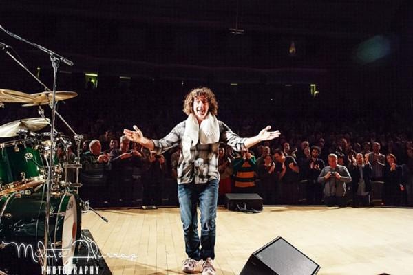 Bateristul Simon Phillips în concertul Hiromi - The Trio Project la Sala Palatului (2012)