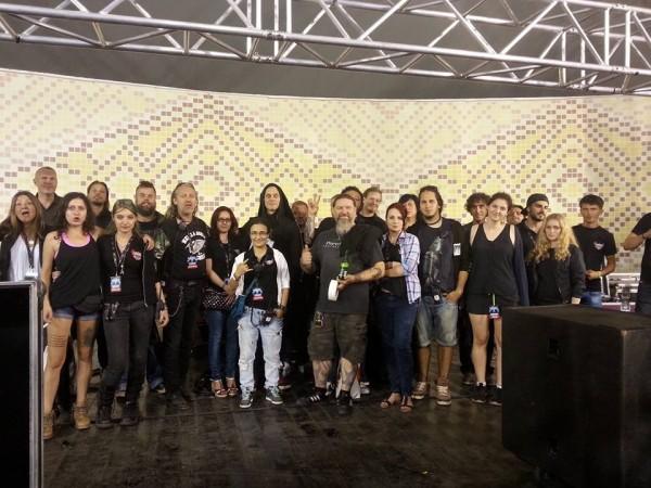 HIM în backstage alături de echipa Phoenix Entertainment