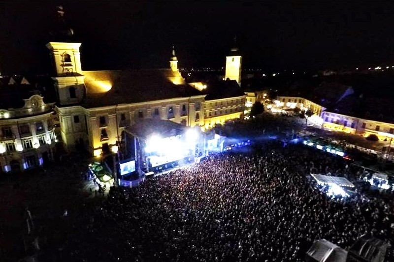 Publicul prezent la ARTmania Festival 2015