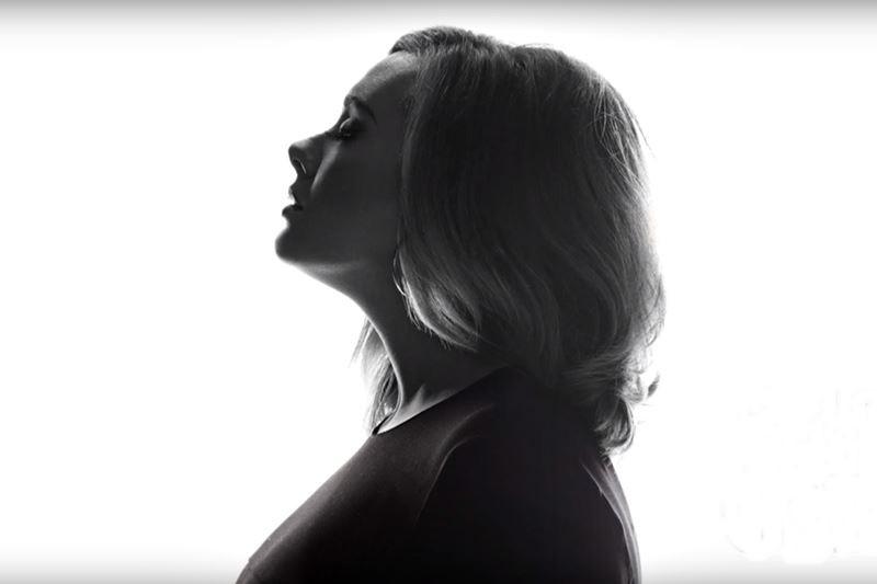 Adele la SNL, 2015