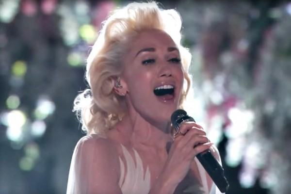 Gwen Stefani - Used To Love You (Live@The Voice USA)