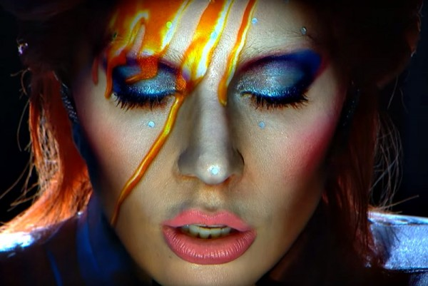 Lady Gaga, tribut David Bowie @Grammy 2016