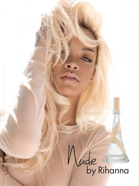 """Parfumul """"Nude"""" - Rihanna"""
