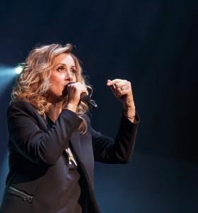 Lara Fabian în concert la Sala Palatului din Bucuresti pe 22 aprilie 2016
