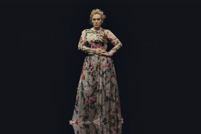 """Adele - """"Send My Love (To Your New Lover)"""" (imagine din videoclip)"""