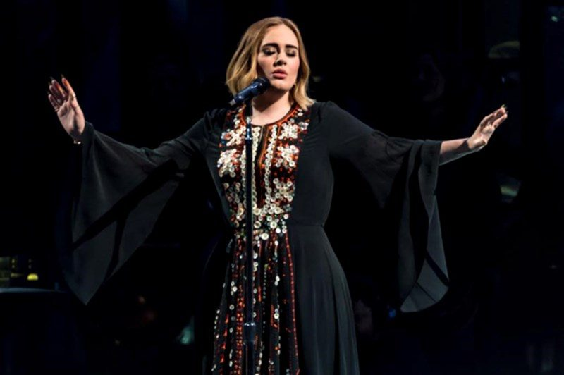 Adele live@Glastonbury 2016